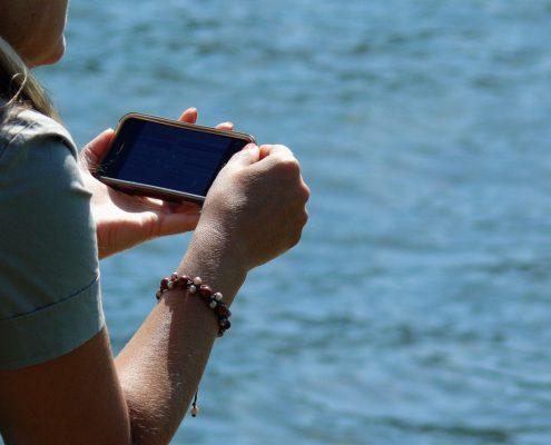 smartphone-915567_1280